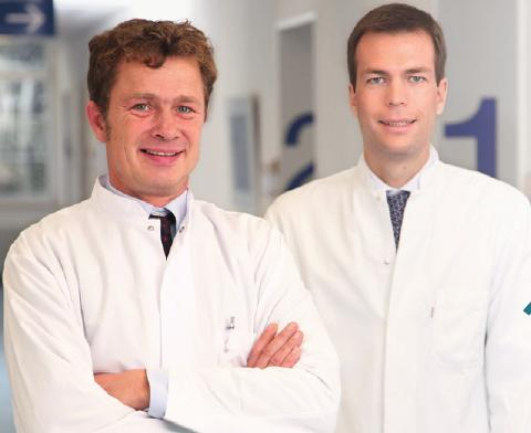 Prof. Dr. Andreas Remky (l.), Priv.-Doz. Dr. Wolfgang Herrmann